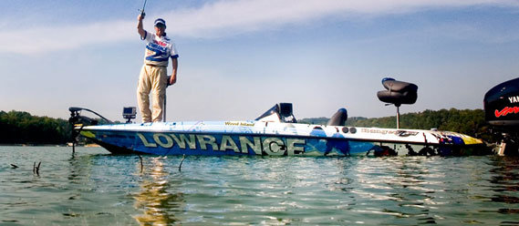 Сонари, рыбопошукові ехолоти Lowrance та ехолот Deeper